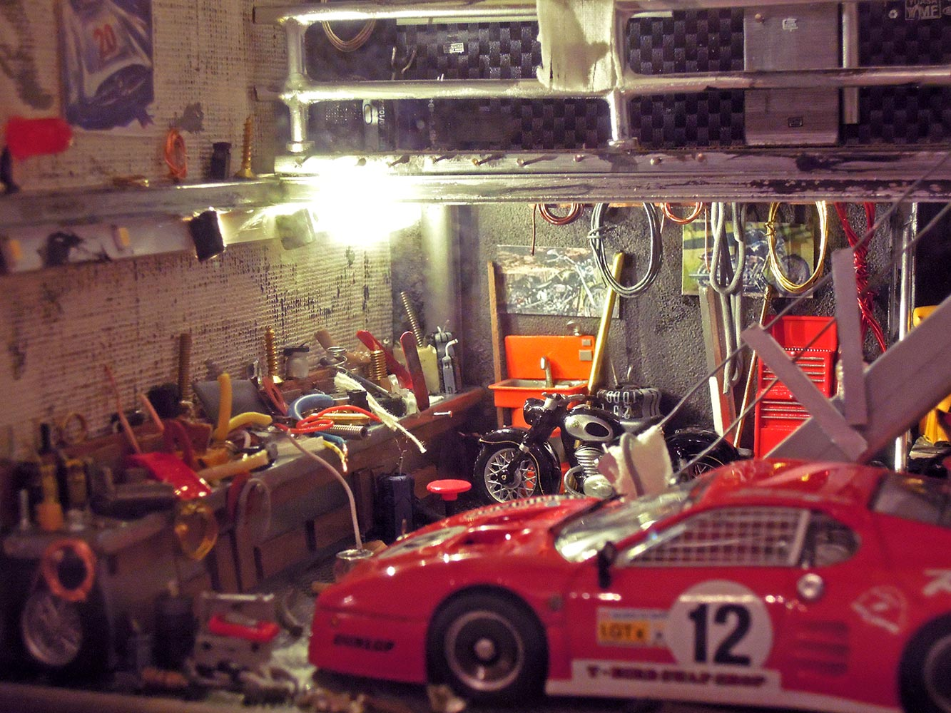 Garage-Ferrari-Rouge-n12-2