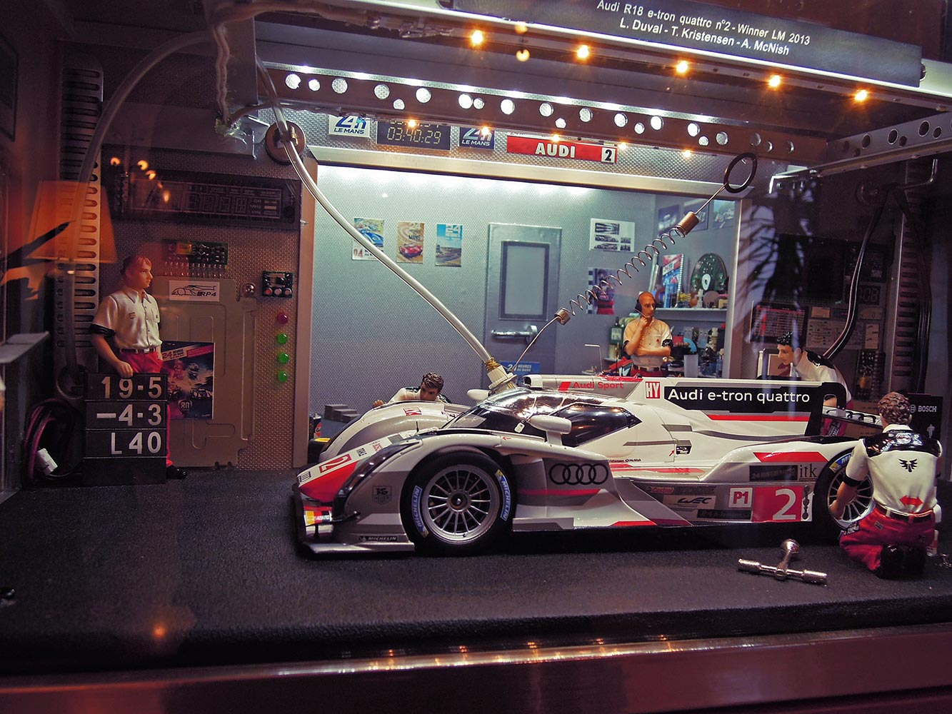 Stand-24-heures-du-mans-2013-2