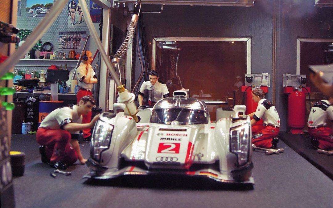 Stand 24 Heures du Mans 2013 – Audi R18 e-tron N°2 Quattro